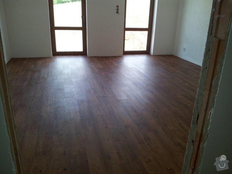 Stěrkování samonivelační stěrkou Thomsit AS1 a pokládka vinylové podlahy Expona Domestic: 2012-05-12_14.55.48