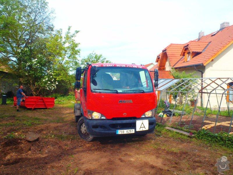Drenáž podsklepeného domu, terénní úpravy: P5110736