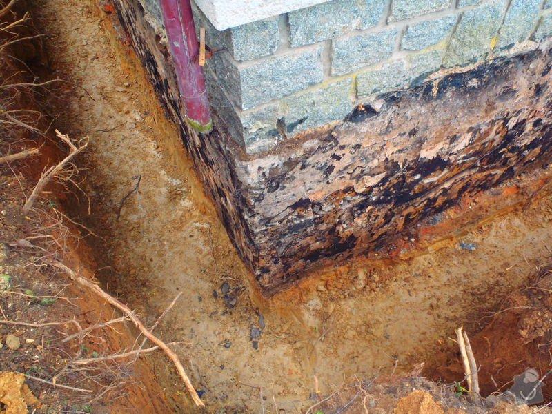 Drenáž podsklepeného domu, terénní úpravy: P5110724