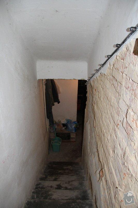 Obklad venkovního schoditě 2 m2 a vnitřní omítky sklepních prostor: IMG_5770_kopie