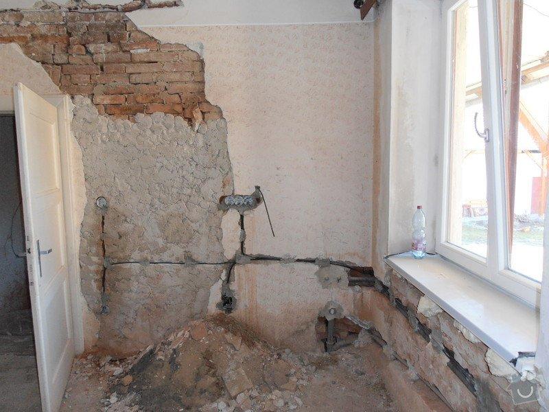 Obložení koupelny (kachle+dlažba), dlažba do předsíně: P3250364