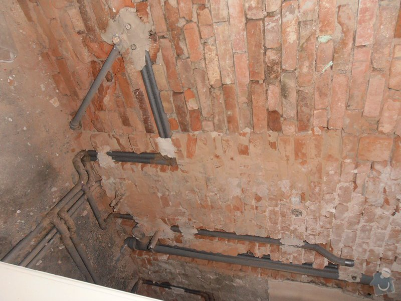 Obložení koupelny (kachle+dlažba), dlažba do předsíně: P3250366