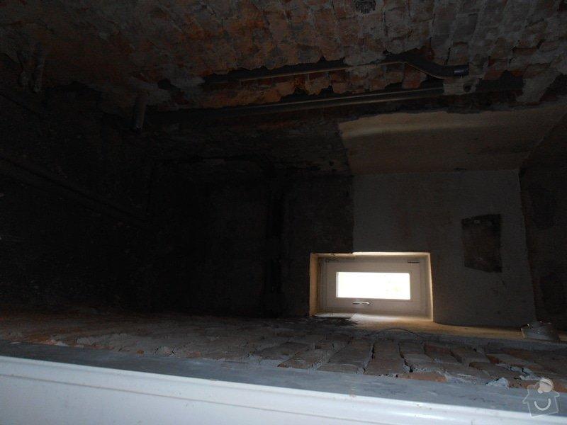 Obložení koupelny (kachle+dlažba), dlažba do předsíně: P3250365