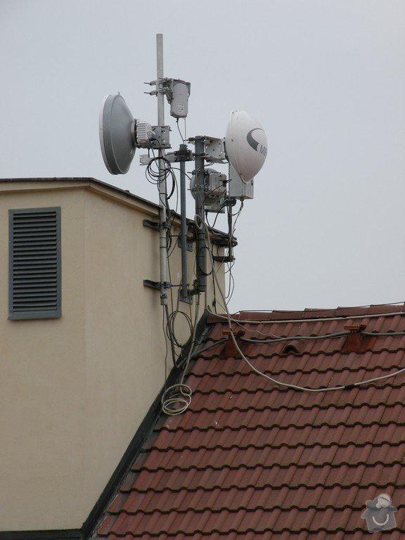 Přesun antén na střeše: DSCN4052