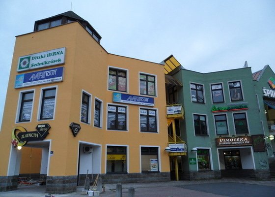 Rekonstrukce fasády OC Špalíček - Hrabůvka