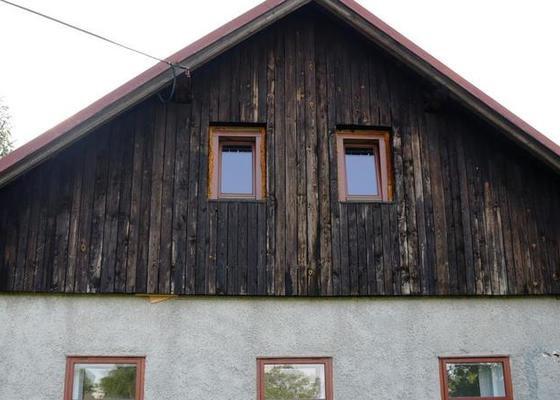 Výměna dřevěných štítů a zateplení na chalupě