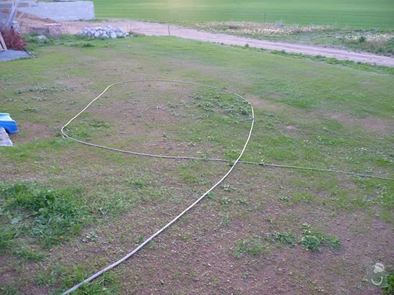 Zahrada - zatravnění pozemku: P1060824