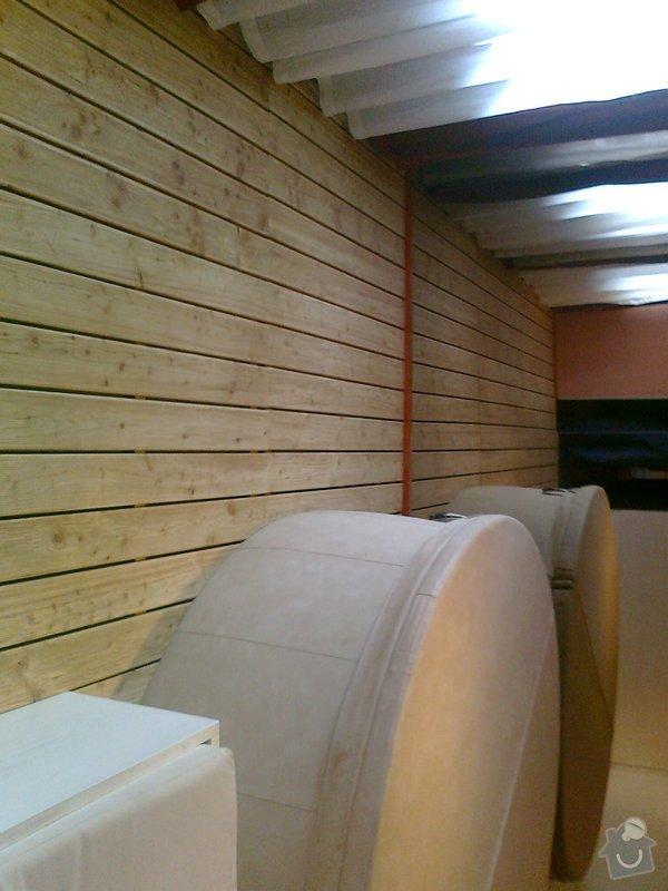 Obložení výřivky+výroba postele,obložení stěn,zalištování dveří: Fotografie0042