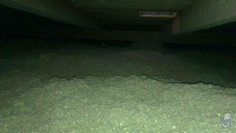 Zateplení ploché střechy foukanou izolací: IMAG0202