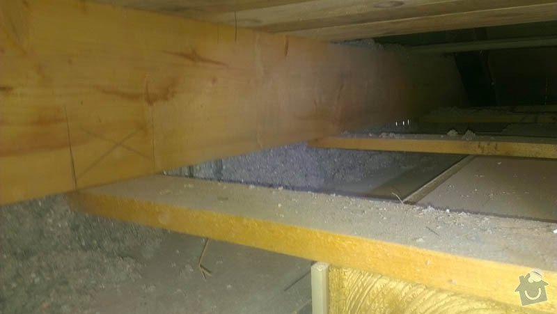 Zateplení půdního bytu foukanou izolací Tempelan: IMAG0230