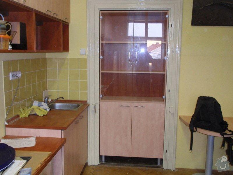 Výroba kancelářského nábytku + SDK příčka: P7012363