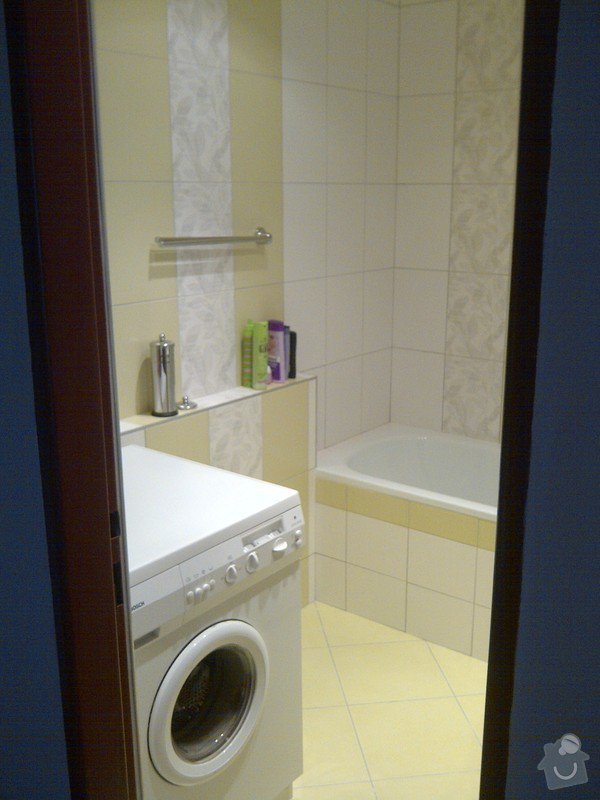 Rekonstrukce bytového jádra + kuchyňská linka: IMG-20120703-00034