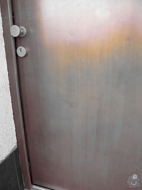 Renovace oken a vchodových dveří po krupobití: IMG_0538