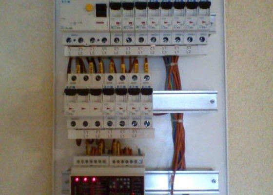 Rekonstrukce elektriky v bytě panelového domu