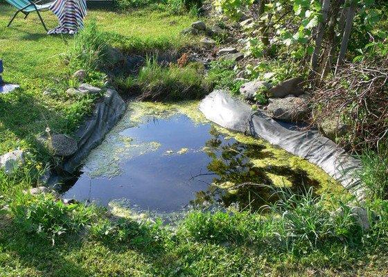 Rekonstrukce zahradního jezírka