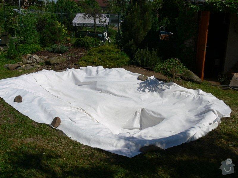 Rekonstrukce zahradního jezírka: P1470391