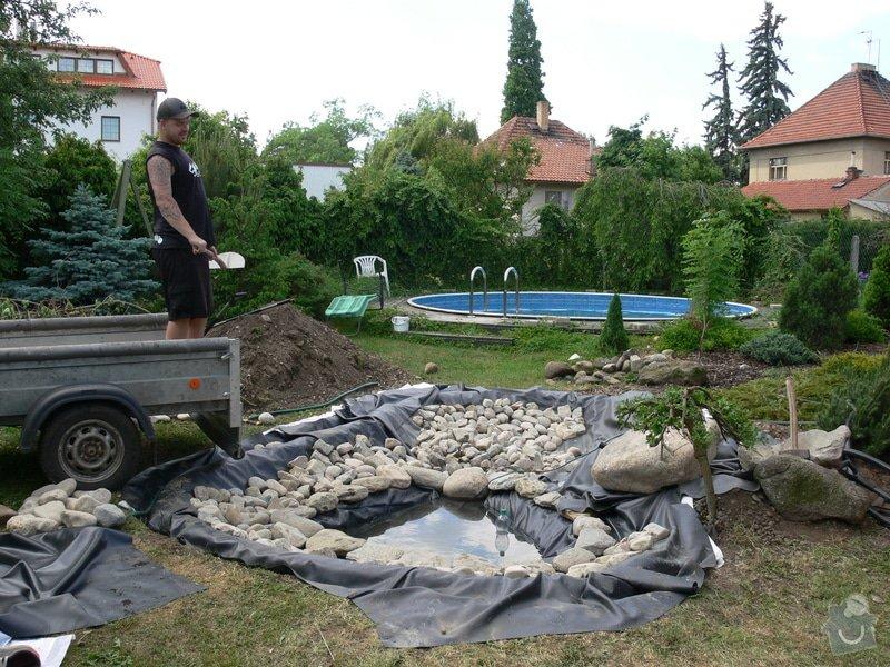 Rekonstrukce zahradního jezírka: P1470395
