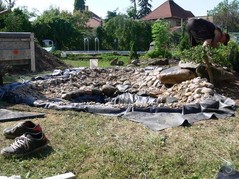 Rekonstrukce zahradního jezírka: P1470403