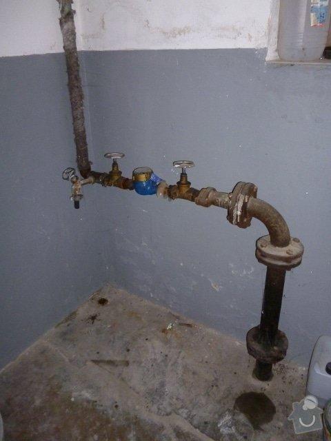 Rekonstrukce vodovodní přípojky pro RD: P1030723_480x640_