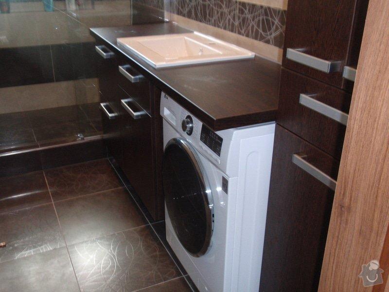 Výroba a montáž koupelnového nábytku: P7112375