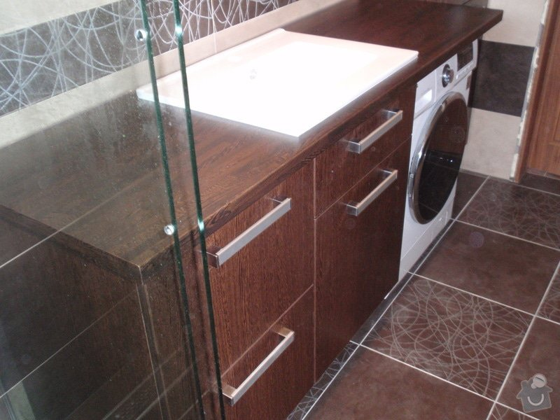 Výroba a montáž koupelnového nábytku: P7112377