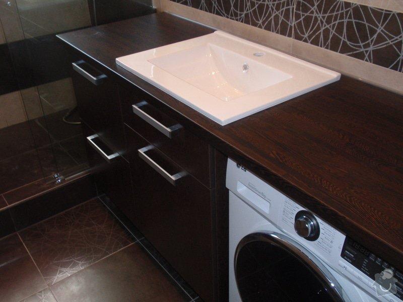 Výroba a montáž koupelnového nábytku: P7112381