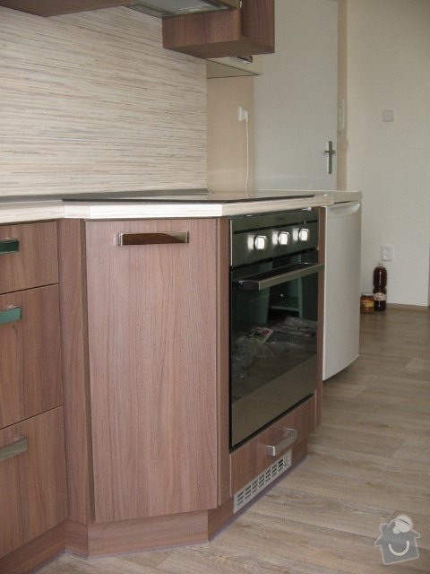 Výroba kuchnských linek : Snimek_415