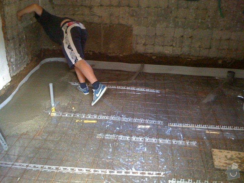 Vybourání podlah, zhotovení nových a položení kanalizace: IMG_0813