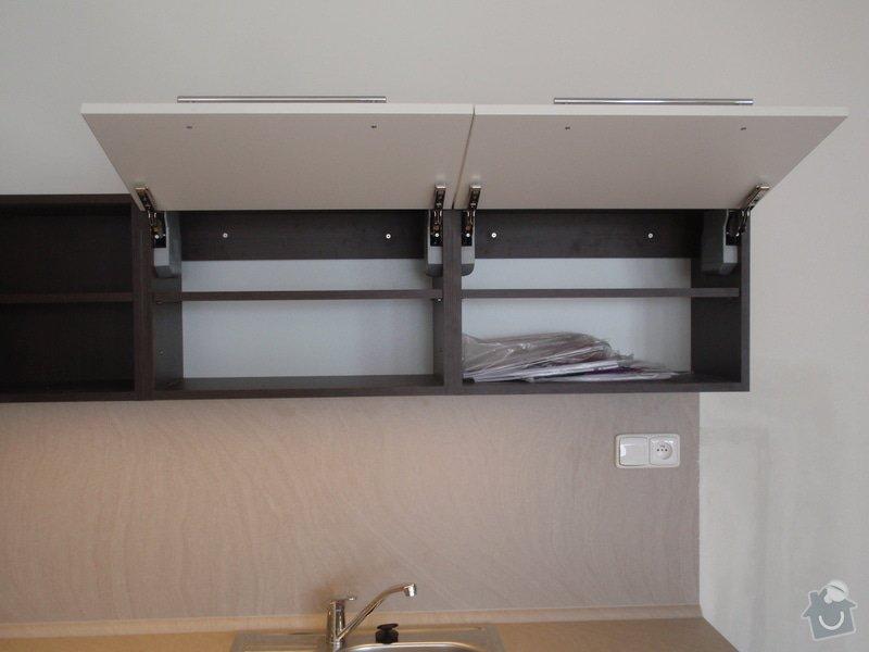 Výroba a montáž kuchyňské linky: P7162403
