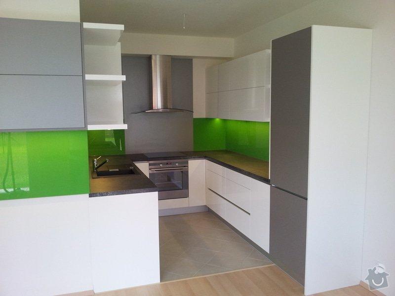 Hi - tech kuchyňská linka: 20120718_122408
