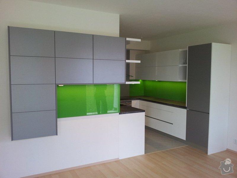 Hi - tech kuchyňská linka: 20120718_122427