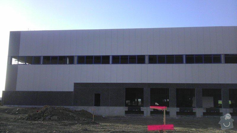 Montáž AL oken a dveří ve výrobní hale: IMAG0030
