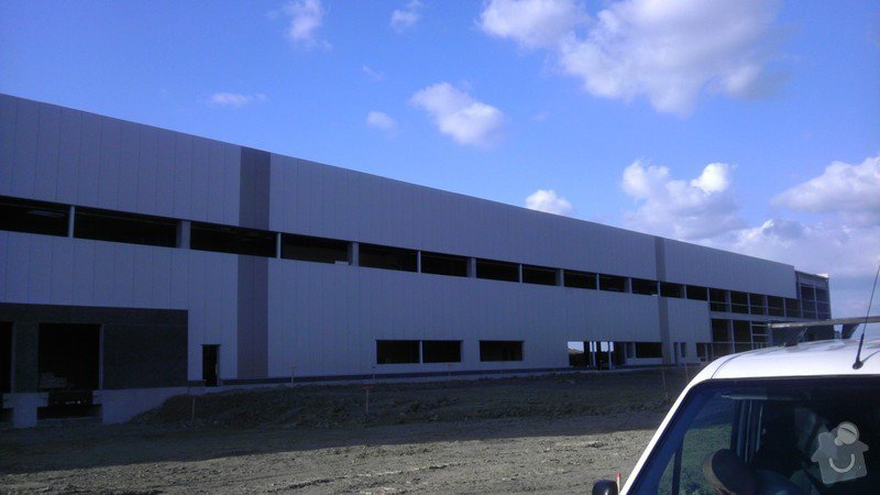 Montáž AL oken a dveří ve výrobní hale: IMAG0031