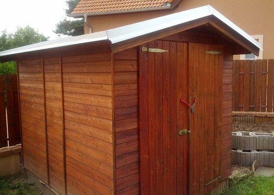Oplechování střechy zahradního domku