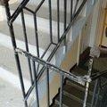 Drobne opravy na chodbe domu oblozeni zabradli malba p1020860