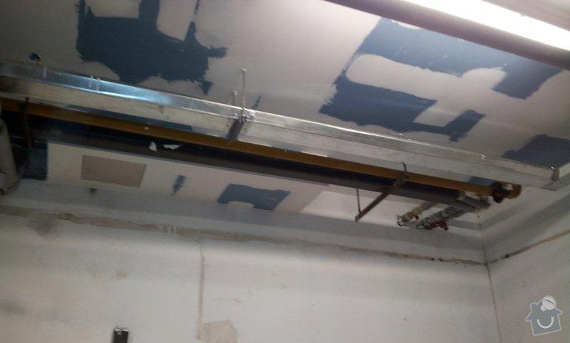 Odhlučnění stropu 30 m2 - mezi kotelnou a bytem nad kotelnou: 20120622_105351