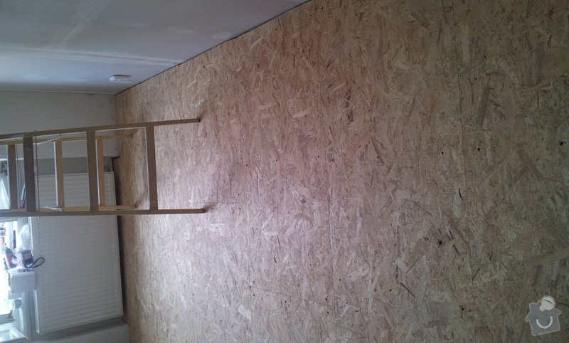 Rozdělení místnosti a montáž podlahy: 20120626_124826