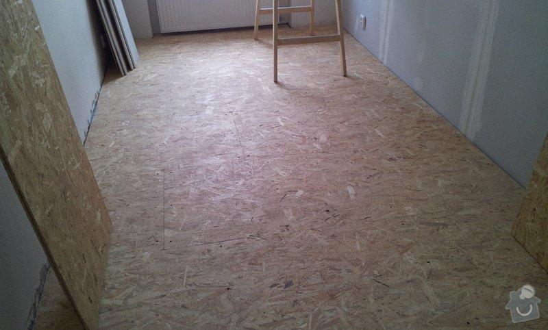 Rozdělení místnosti a montáž podlahy: 20120626_124834
