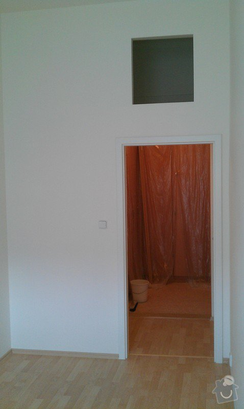 Rozdělení místnosti a montáž podlahy: IMAG0057