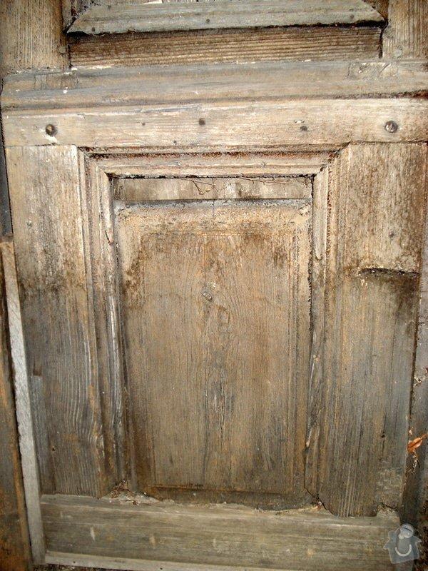 Repase vstupních dvěří do věže kostela: DSC02541