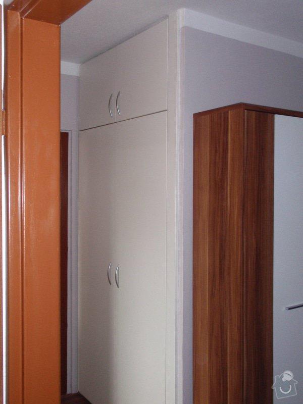 Rekonstrukce bytového jádra + kuchyňská linka: P7202407