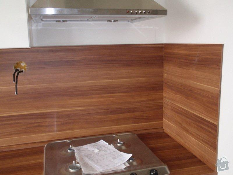 Rekonstrukce bytového jádra + kuchyňská linka: P6272358
