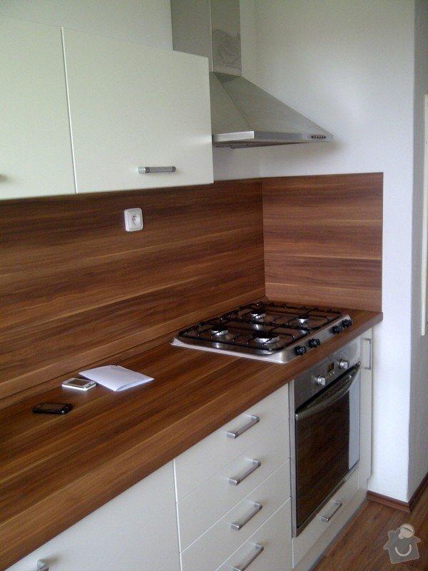 Rekonstrukce bytového jádra + kuchyňská linka: IMG-20120703-00040
