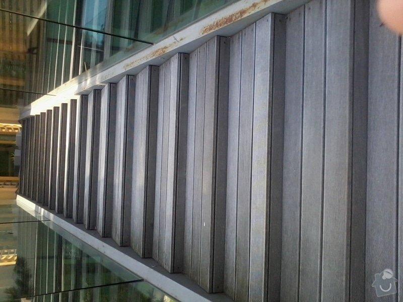 Oprava venkovních schodů - kovová konstrukce a schody z tropického dřeva: 2012-07-26_15.15.13