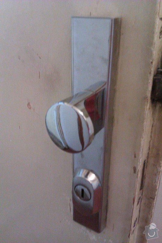Výměna zámku (vložky) u vchodových dveří do bytu.: 2012-07-27_08.51.24