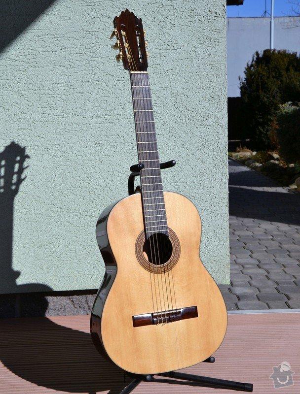 Restaurování laku kytary: a