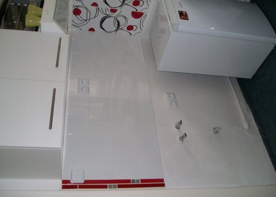 Obklad koupelny 16,5 m2  a pokládka dlažby 7,5 m2 v Praze