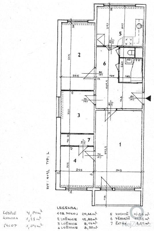 Rekonstrukce bytu - podlah (stěrkování a položení PVC 22m2 a plovoucí podlahy 30m2a koberce 20m2) a dveří (troje posuvné dveře z toho jedny do pouzdra): planek