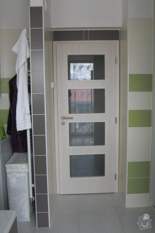 Dveře do koupelny: CIMG6602