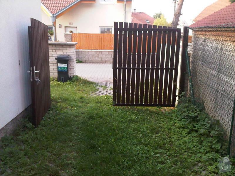 Automatická branka do zahrady: IMG-20120726-00121